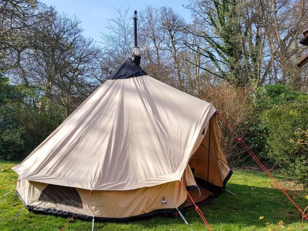 Not exactly backpacking material - a test run of my new Robens belltent setup